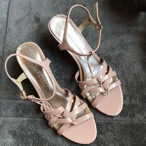 Strapping sandals Chinese Laundry